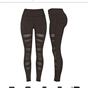 NWT Mesh Leggings with pockets